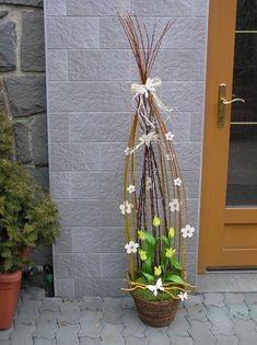 Velikonoční vazba | Zahradnictví Útěchov » široký sortiment rostlin, služeb i zahradnického materiálu