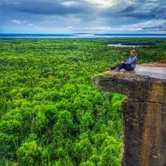An ideal view of Manitoulin Island in Ontario, Canada. ……………… Climbing the Cup and Saucer Path on Manitoulin Ends at this magnificent lookout.