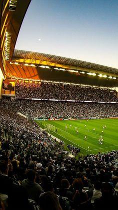 Arena Corinthians by Bruno Teixeira Barcelona Football Stadium, Soccer Stadium, Football Stadiums, Stadium Wallpaper, Football Wallpaper, Football Is Life, Football Field, Soccer Team Photos, Fo Porter