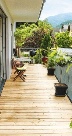 Das Raumkonzept umfasst u. a. zwei angenehm ruhige #Schlafzimmer samt zugehöriger Bäder und einen luftigen Wohnbereich mit Zugang zur #Terrasse.