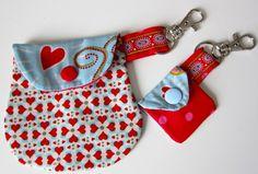 Minitaschen als Anhänger, Kreativ-Ebook als Geschenk - farbenmix Online-Shop - Schnittmuster, Anleitungen zum Nähen