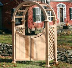 Nantucket Arbor with Country Estate Gate 4 ft