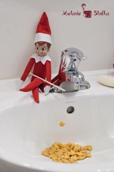32 of the best and easiest Elf on the Shelf ideas for toddlers! Fast, simple, and fun for your little kids!