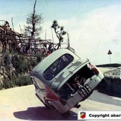 Fiat 600 Abarth by cochesfrikis Fiat Cinquecento, Fiat Abarth, Fiat 600, Sports Car Racing, Race Cars, Automobile, Engin, Steyr, City Car