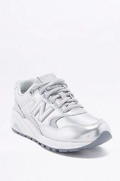 """cool New Balance - Metallic-Sneaker """"580"""" in Silber - Damen 32 http://portal-deluxe.com/produkt/new-balance-metallic-sneaker-580-in-silber-damen-32/  119.00"""
