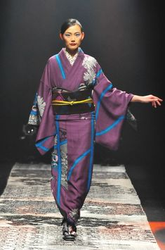 JOTARO SAITO ジョウタロウ サイトウ | Amazon Fashion Week TOKYO Rakuten, Kimono Top, Tops, Women, Fashion, Japanese Kimono, Moda, Fashion Styles, Fashion Illustrations
