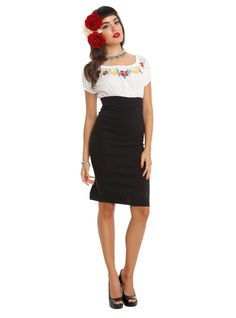 Xillia 2 cocktail dress embroidered