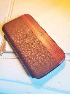 Samsung Galaxy S4 Vintage Brown Leather with Rosewood by HYDECASES