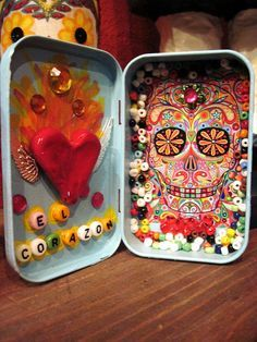 "Offutt - Altoid Shrine Could do one for ""my heart"" with Terry's picture in it.Could do one for ""my heart"" with Terry's picture in it. Mexican Crafts, Mexican Folk Art, Altered Tins, Altered Art, Day Of The Dead Party, Mint Tins, Tin Art, Altoids Tins, Tin Boxes"