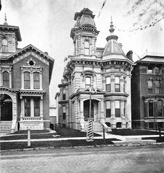 This was the residence of civil engineer George Jerome on Alfred Street photographed in The house's architectural style is Eastlake Victorian featuring complex roof planes and lavish ornamentation. Victorian Architecture, Beautiful Architecture, Beautiful Buildings, Old Buildings, Abandoned Buildings, Abandoned Places, Old Mansions, Abandoned Mansions, Abandoned Detroit
