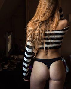 Obvious  #stretchmarks #bootybuilding #longhair #weekend #bodymood #moody #photography #sensualmood #sensualphoto #skin #skinandbones…