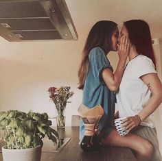 Top Bisexual & Threesome Dating Site for Bisexual Couples & Singles