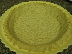 """This pie crust is great for baked meat pies, Mexican empanadas and pretty much any dessert pie. It is somewhere between a """"short"""" crust"""" and a """"flaky"""" crust. Low Carb Pie Crust, Low Carb Flour, Low Carb Bread, Low Carb Deserts, Low Carb Sweets, Healthy Sweets, Healthy Eating, Diabetic Deserts, Carbquik Recipes"""