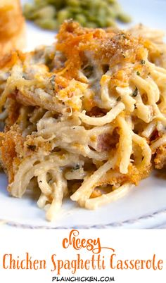 Cheesy Chicken Spaghetti Casserole ~ The creamy rich casserole with gooey and crunchy topping will surely make your dinner guests drooling over it. Make it at least once and you will see how it vanishes from the table. Casserole Dishes, Casserole Recipes, Pasta Recipes, Cooking Recipes, Recipes To Freeze, Healthy Recipes, Casserole To Freeze, Chicken Spaghetti Casserole, Cheesy Chicken Spaghetti
