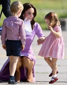 Style Kate Middleton, Princess Kate Middleton, Kate Middleton Photos, Prince William Et Kate, William Kate, Duke And Duchess, Duchess Of Cambridge, Duchesse Kate, Elisabeth Ii