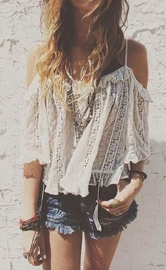 Luv to Look | Curating Fashion & Style: Street style | Crochet top, denim shorts