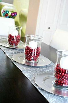 cool 40 Inexpensive Christmas Table Centerpieces Ideas  https://about-ruth.com/2017/11/24/40-inexpensive-christmas-table-centerpieces-ideas/