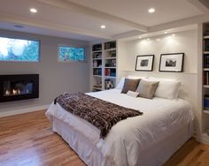 There is no shortage of modern basement ideas to borrow from. Unused basements tend to get filled with every old and unwanted item in the house from worn out furniture to childhood memorabilia…MoreMore Basement Master Bedroom, Basement Guest Rooms, Modern Basement, Cozy Basement, Basement Bedrooms Ideas, Basement Finishing, Rustic Basement, Basement Ceilings, Basement Bathroom