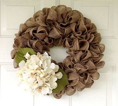 Simple Burlap Wreath Tutorial (Video)