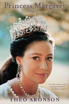 HRH Princess Margaret ~ Sister to Queen Elizabeth II wearing the Poltimore Tiara. Royal Crowns, Royal Tiaras, Crown Royal, Tiaras And Crowns, Princesa Real, Lady Diana, Poltimore Tiara, Style Royal, Queen Elizabeth