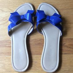 Royal blue patent leather flats All manmade materials, flats with adorable blue bows. Worn once. Shoes Flats & Loafers