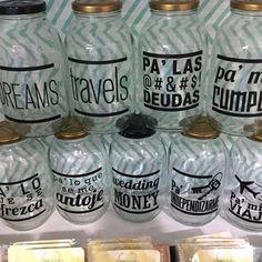Acomoda una meta fija y Ahorra #sepuede #sinexcusas #anhelos #ahorrando #travels #sueños #deudas #alcancia #alcancias #yoahorrro #viajes #dinero #boda #ahorra #money #dreams #miahorro. Diy And Crafts, Arts And Crafts, Diy Y Manualidades, Cherry Candy, Pretty And Cute, Silhouette Projects, Piggy Bank, Stuff To Do, Ideas Para