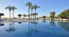 Sol House Aloha - Costa del Sol Torremolinos Sol House Aloha - Costa del Sol is situated 300 metres from Carihuela Beach and offers rooms with views of the Mediterranean. The hotel features 3 pools overlooking the sea.  Free WiFi is available throughout.