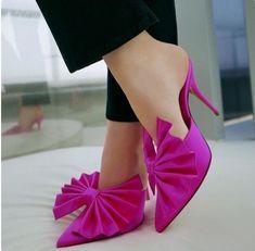 Stiletto 2018 #fashion #stiletto #shoes #vanessacrestto #style