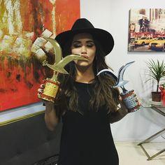 LALI arrasó en Viña del Mar 2017   Lali conquistó Al Monstruo de la Quinta Vergara y recibió la Gaviota de Oro la de Plata y el premio a la artista más popular del Festival de Viña 2017.  Luego de ser parte del jurado durante los cinco días del Festival más importante de Latinoamérica el sábado 25 de febrero Lali presentó parte de sus discos SOY y A Bailar en la mítica Quinta Vergara.    La artista presentó un show espectacular en el mítico escenario de la Quinta Vergara frente a más de…