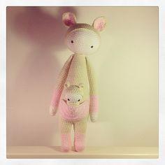KIRA the kangaroo made by justjayne_ / crochet pattern by lalylala