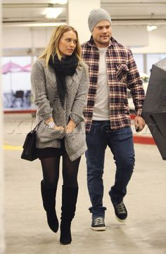I don't usually like Hilary Duff's style but I like what she's wearing here.