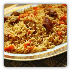 Palaw – Turkmen Pilaf Serves 8 1 kg chicken/turkey/lamb/beef 2 tablespoons salt 300 ml cups) vegetable oil 1 large onion, halved and sliced 5 large carrots, julienned 1 l + 375 ml cups) wat… Italian Recipes, Beef Recipes, Healthy Recipes, Rice Dishes, Food Dishes, Turkish Sweets, National Dish, India Food, Fresh Fruits And Vegetables