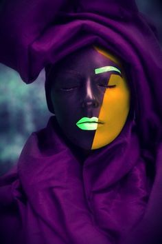 The colour purple Alien Photos, Joker Makeup, Make Up Art, Purple Love, Black Women Art, Purple Fashion, Fantasy Makeup, Color Theory, Violet