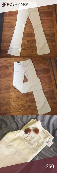 Citizens of humanity pants. NWT NWT! Citizens of humanity. Low waist flair. Citizens of Humanity Pants Boot Cut & Flare