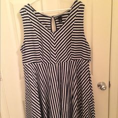 Lane Bryant Black and White Dress Size 24 Very cute striped dress. Size 24 Lane Bryant Dresses