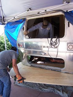 Airstream Renovation: Rear end repairs and replacement