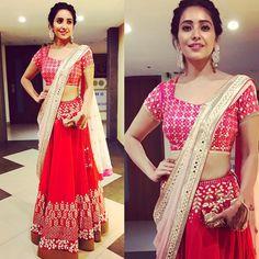 Outfit by @devnaagri Jewellery by @aquamarine_jewellery Clutch by @ru.saru Styled by @pratikshachandak Thankyou all:) #sukishkishaadi