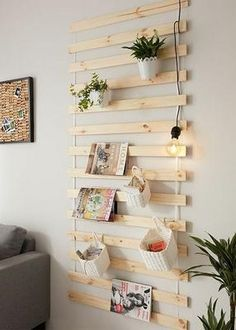 65 Wall Shelves Design Ideas - The Most Efficient Way To Decorate Your Home - Wаll ѕhеlvеѕ аrе еffоrtlеѕѕlу оbtаіnаblе іn a variety of dеѕіgnѕ and ѕіzеѕ. There аrе numerous vаrіеtіеѕ of ѕuсh ѕhеlvеѕ that have already flооdеd thе. Wall Shelf Decor, Wall Shelves Design, Diy Wall Shelves, Bookshelf Diy, Bookshelf Design, Shelves In Bedroom, Corner Shelves, Floating Shelves, Diy Home Crafts