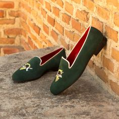 Custom Made Rose Slipper in Forest Green Suede From Robert August. Create your own custom designed shoes. Green Suede, Green Leather, Calf Leather, Custom Design Shoes, Leather Slippers, Your Shoes, Women's Shoes, Womens Slippers, Low Heels