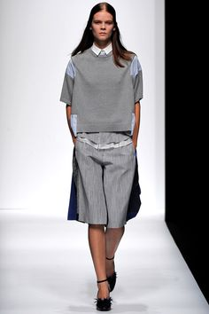 Sacai Spring 2013 RTW - Review - Fashion Week - Runway, Fashion Shows and Collections - Vogue - Vogue