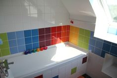 Rainbow bathroom chez Marjoliemaman