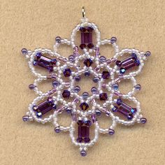FOX DEN DESIGNS made this beautiful Snowflake.