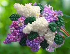 LILACS made via Balloon Art (yes, done with balloons). Stunning.
