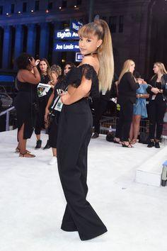 Ariana Grande Photos Photos: 2016 MTV Video Music Awards - Red Carpet