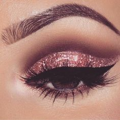 Pageant and Prom Makeup Inspiration. Find more beautiful makeup looks with Pagea. - - Pageant and Prom Makeup Inspiration. Find more beautiful makeup looks with Pageant Planet. Sparkly Eye Makeup, Prom Makeup, Cute Makeup, Wedding Makeup, Dress Makeup, Hair Makeup, Pageant Makeup, Makeup Light, Makeup With Glitter