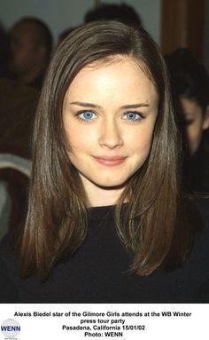 Brown Hair, Blue Eyes !!