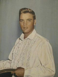 .A young Elvis, loved his blonde hair!!
