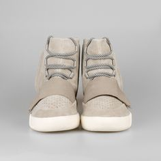 b79ce65cfa8305 Adidas Yeezy 750 Boost Trainer Light Brown Carbon White Light Brown B35309  Factory Price