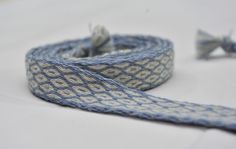 wool (natural dyed) belt made with tablet weaving Small applesies pattern
