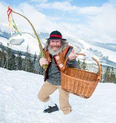 Podujatia Easter Traditions, Straw Bag, Traditional, Spring, Bags, Fashion, Handbags, Moda, Fashion Styles